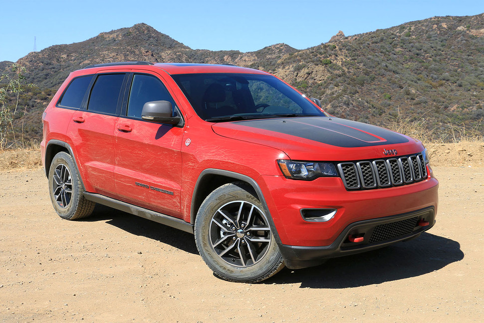 2017 jeep grand cherokee trailhawk impressions vj drives tacoma. Black Bedroom Furniture Sets. Home Design Ideas