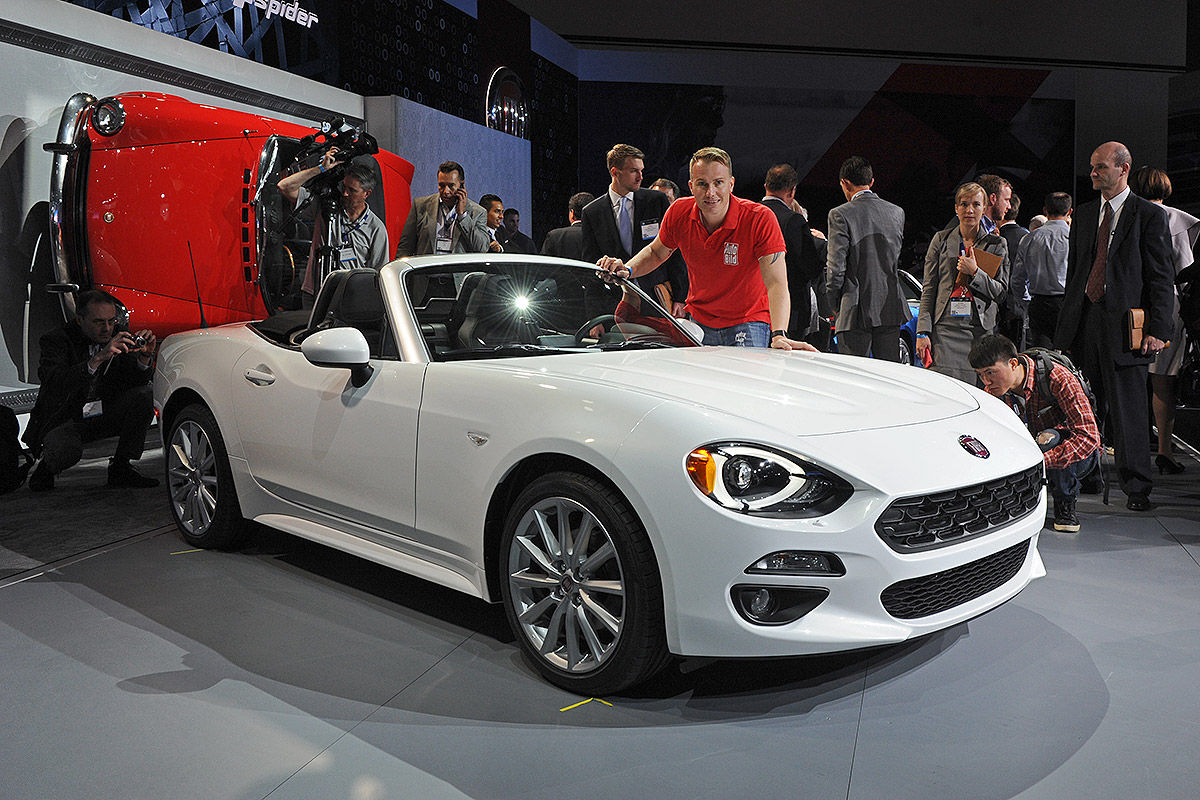 Fiat spider at the la auto show vj drives tacoma for Fiat 124 spider motor