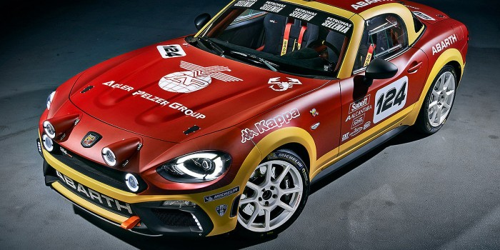 FIAT 124 Spider Abarth Photos